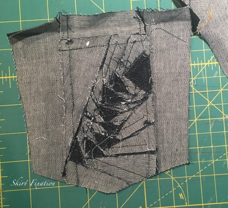 Pieced back pocket design by Skirt Fixation
