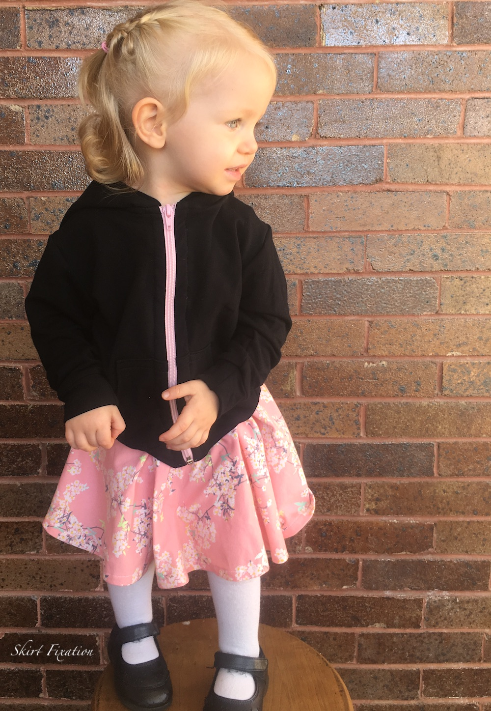 Janie Dress and Hatteras Hoodie sewn by Skirt Fixation