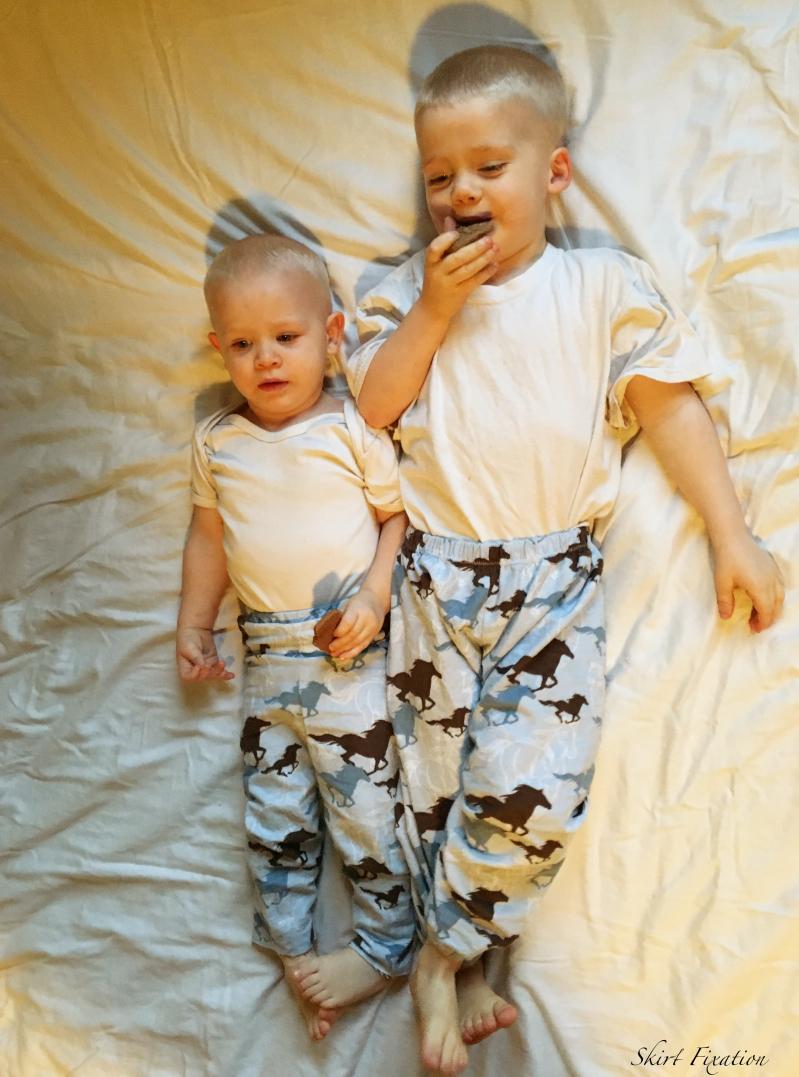 Boy PJs sewn by Skirt Fixation