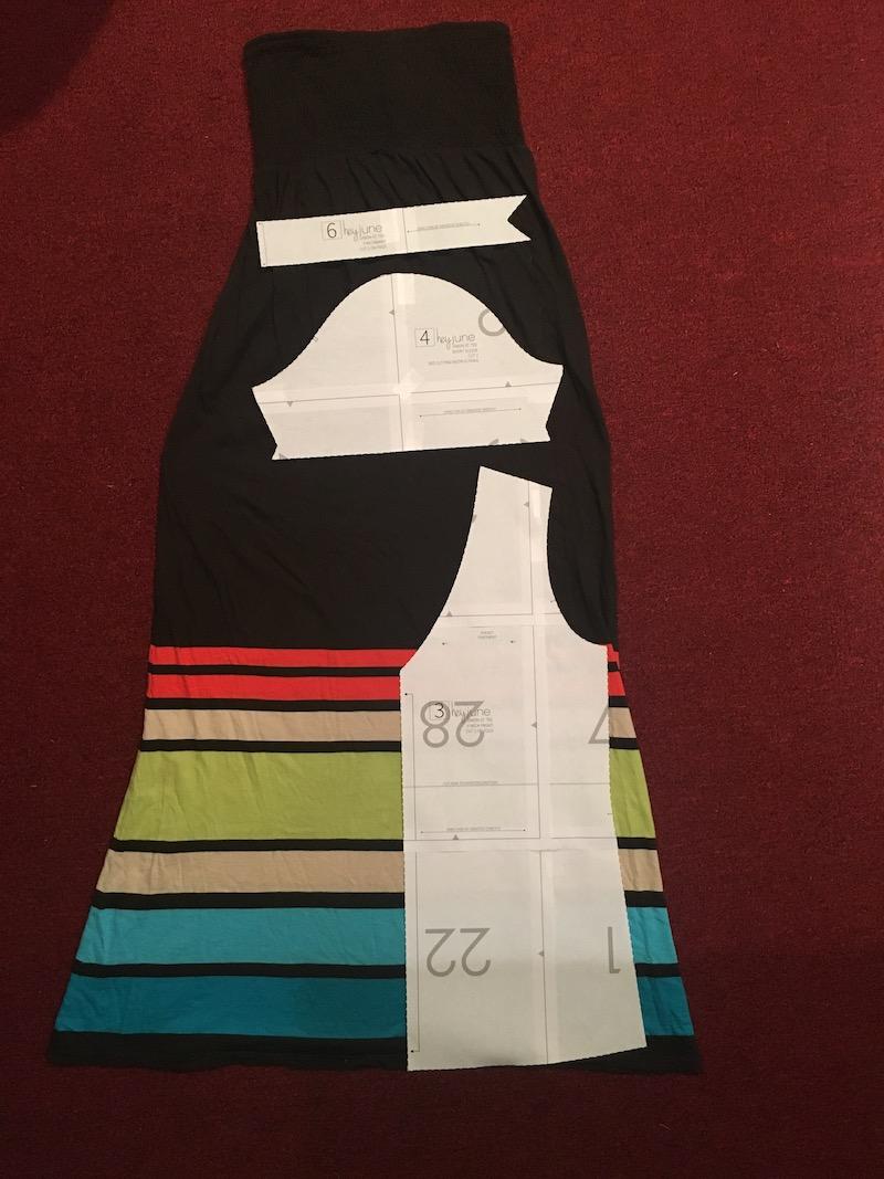 Knit skirt to t-shrt refashion tutorial by Skirt Fixation
