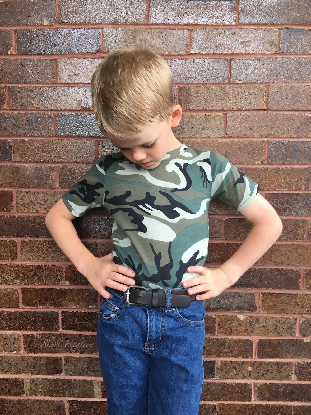 t-shirts sewn by Skirt Fixation