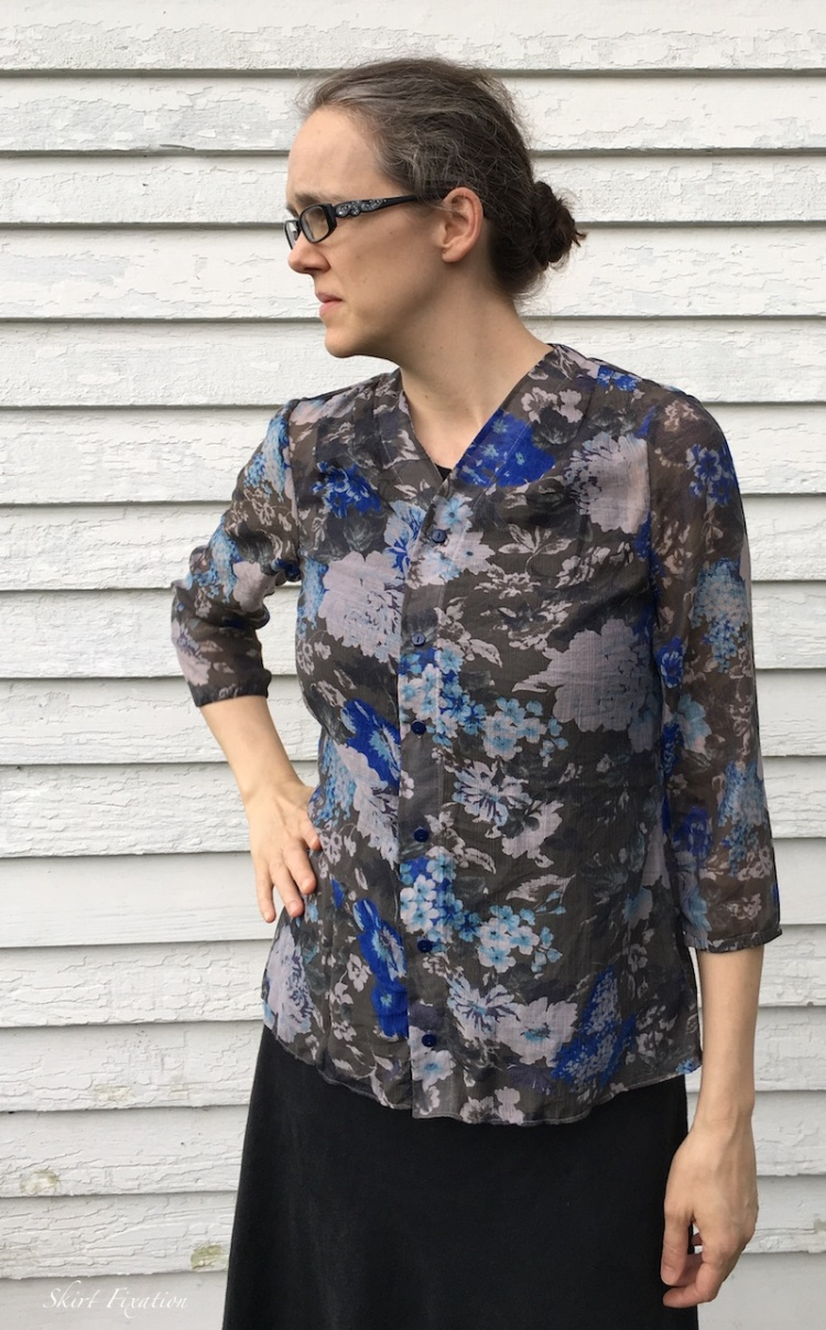 Bellah shirt pattern sewn and reviewed by Skirt Fixation