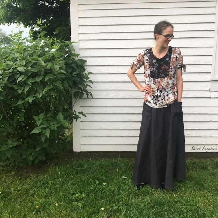 Phoenix/Lucerne Blouse and Fumeterre Skirt sewn by Skirt Fixation
