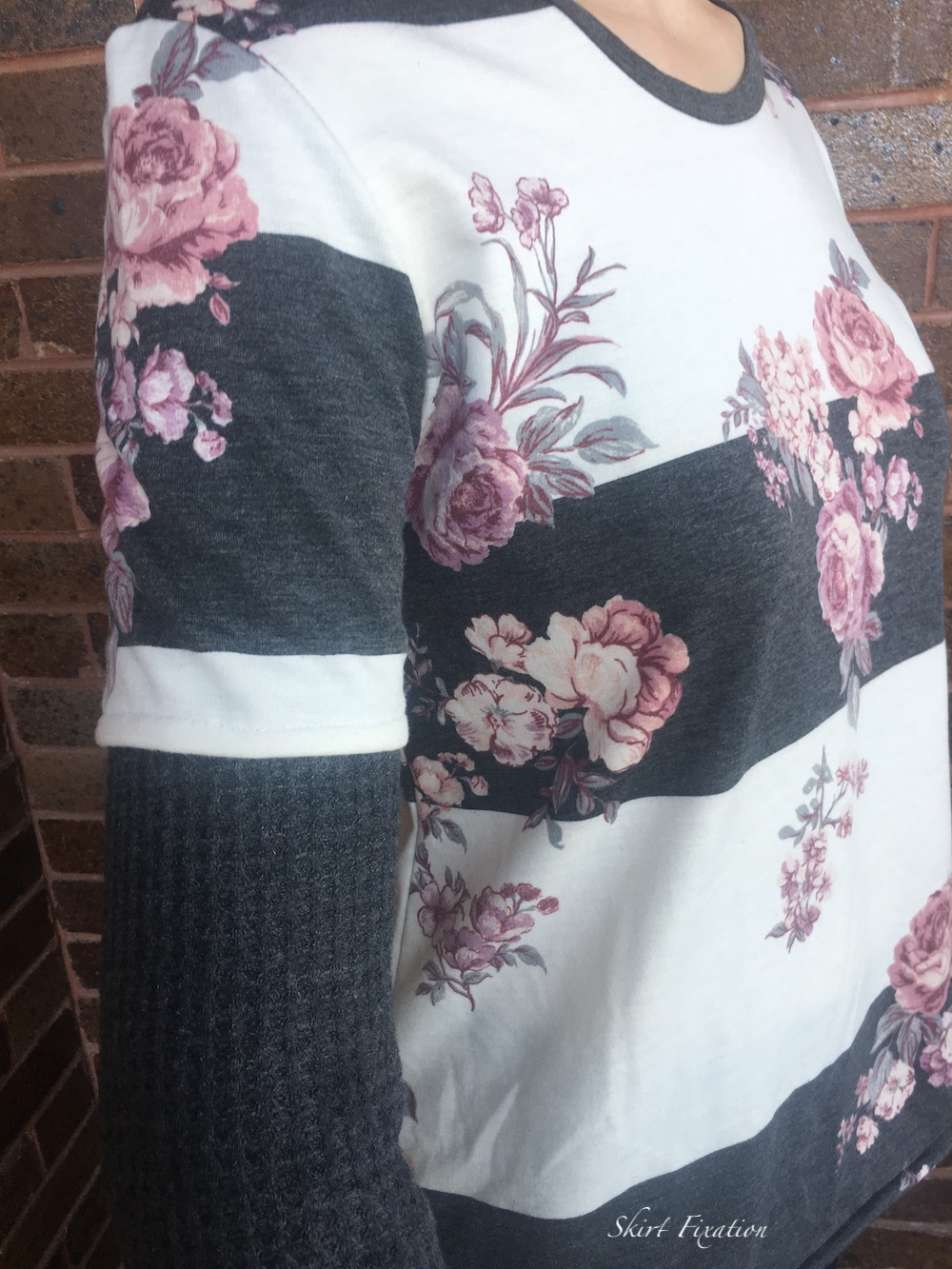Faux layered sleeves shirt tutorial by Skirt Fixation