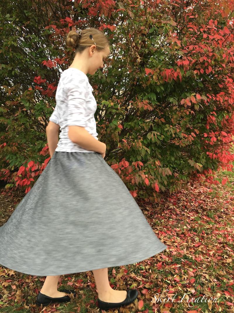 Swingset Skirt for Tween sewn by Skirt Fixation