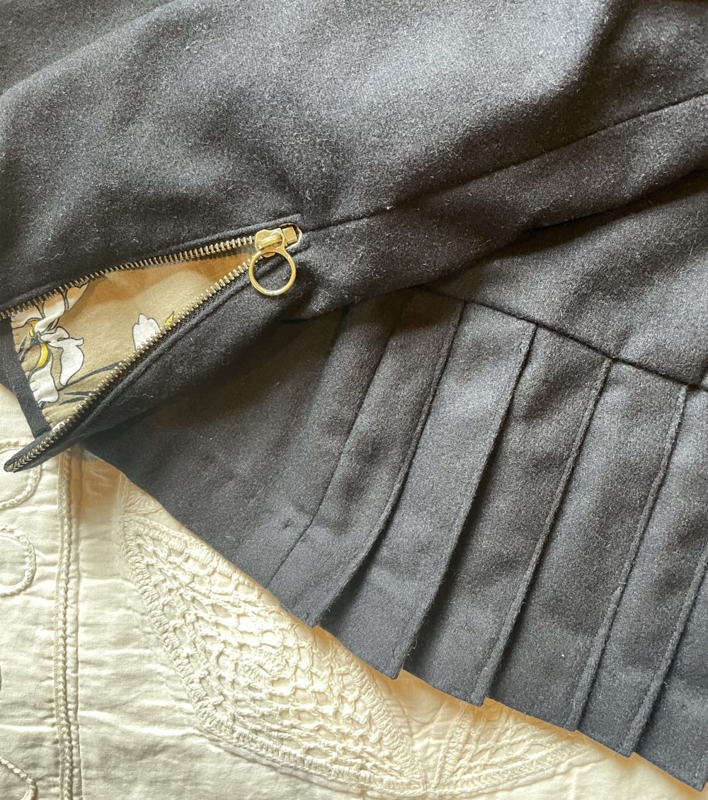 Quart Coat pattern sewn and reviewed by Skirt Fixation
