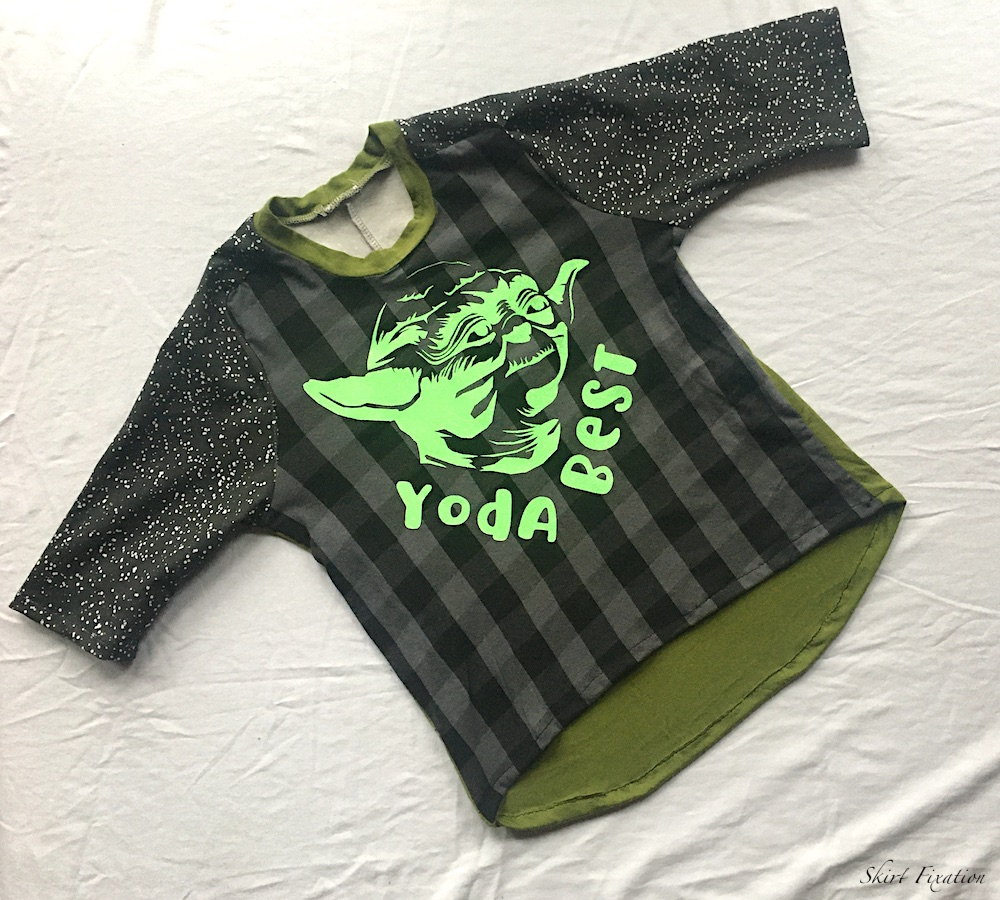 Valentines Day Star Wars themed graphic tee created by Skirt Fixation
