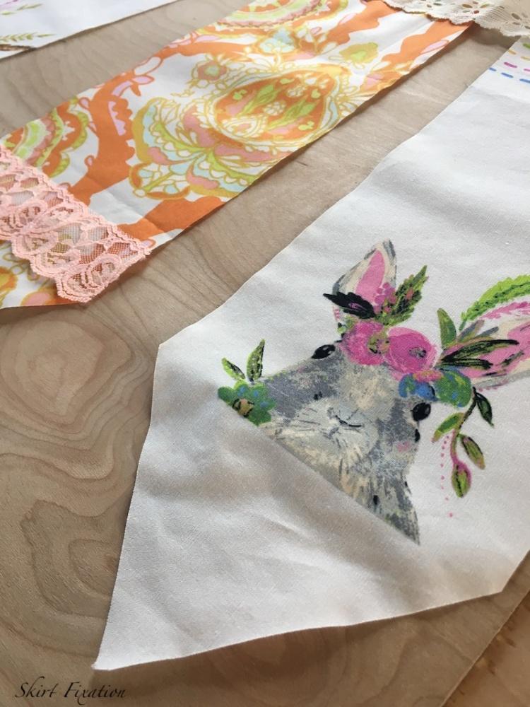 DIY Pendant Banner tutorial from Skirt Fixation
