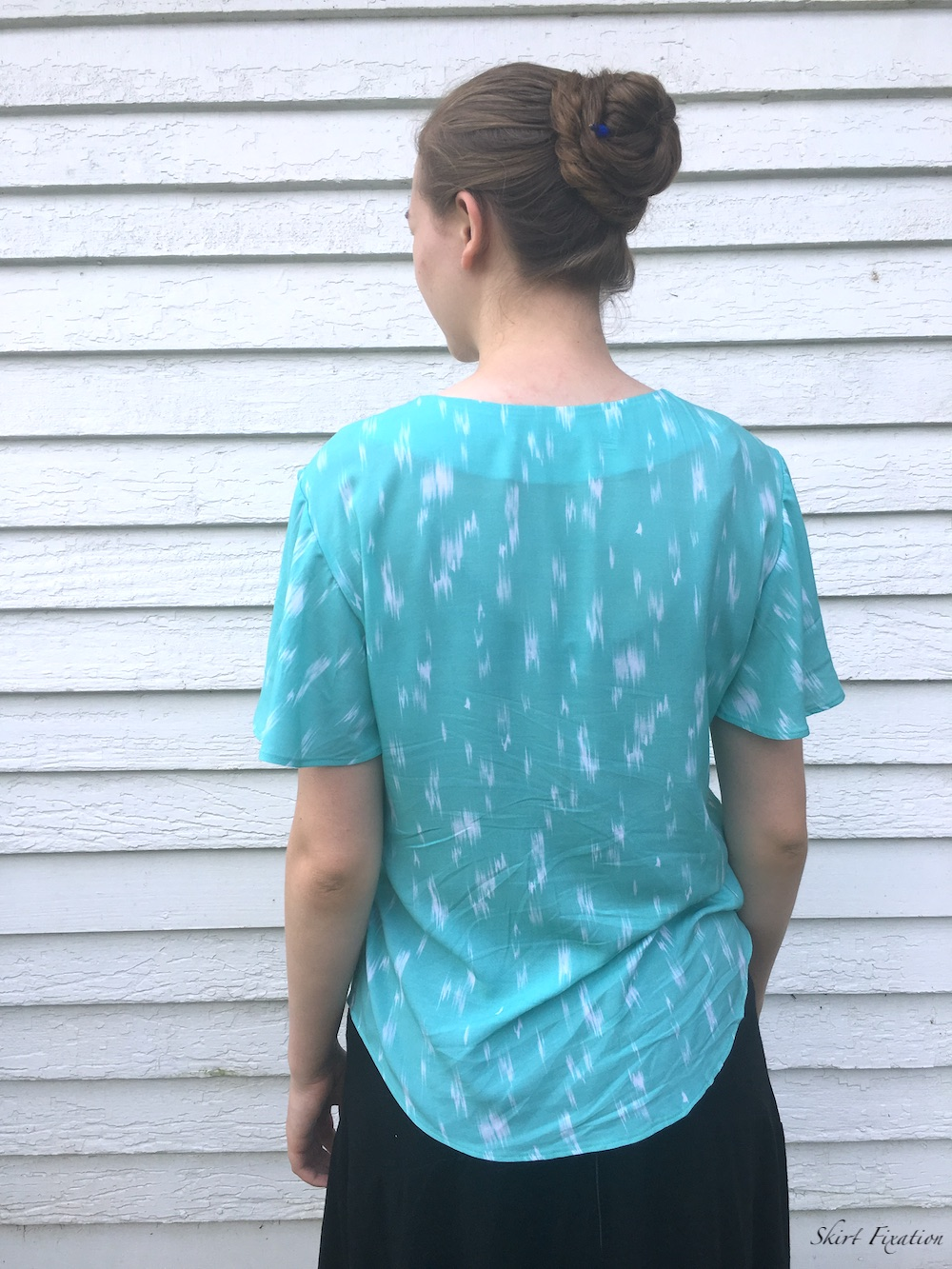 Lucerne Blouses sewn and reviewed by Skirt Fixation