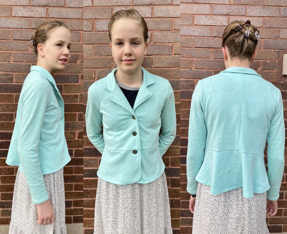 Baie Blazer sewn and reviewed by Skirt Fixation.